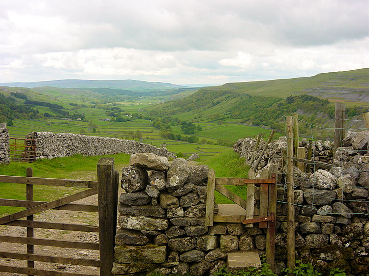 Upper Wharfedale view from Top Mere Road