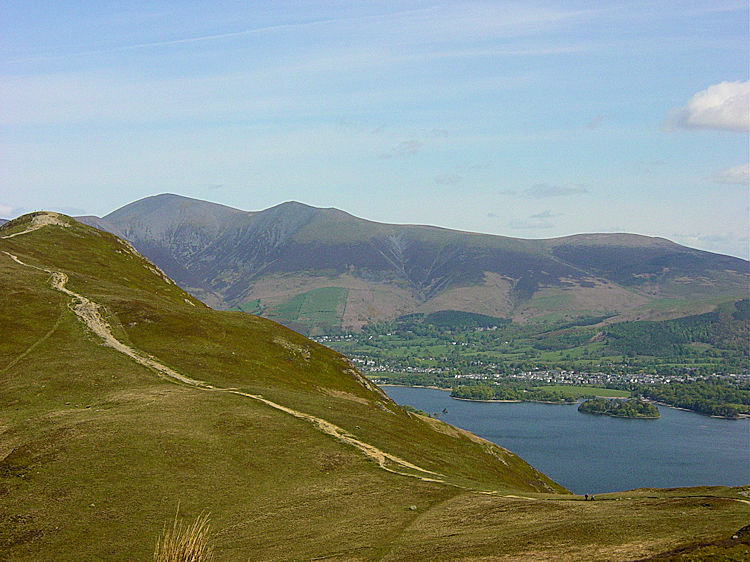 The most majestic views to Skiddaw and Blancathra are seen straight over Derwent Water from Cat Bells