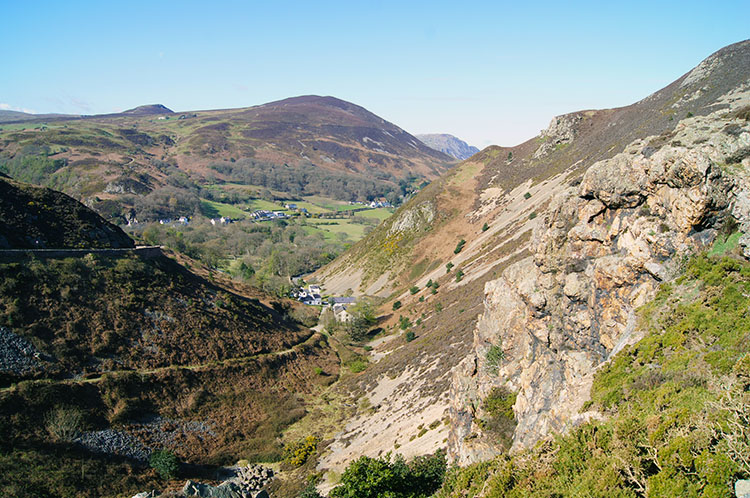Echo Rock and Sychnant Pass