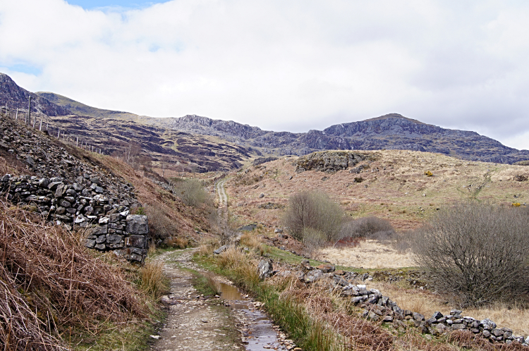 The path to Tantgrisiau Reservoir
