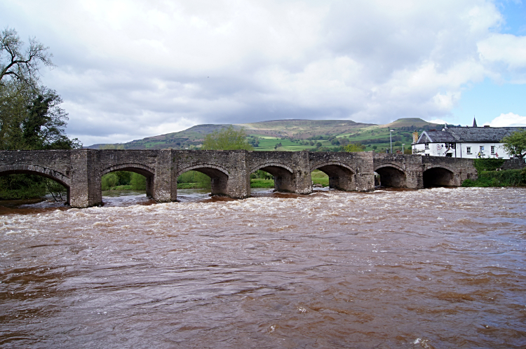River Usk flowing under Crickhowell Bridge