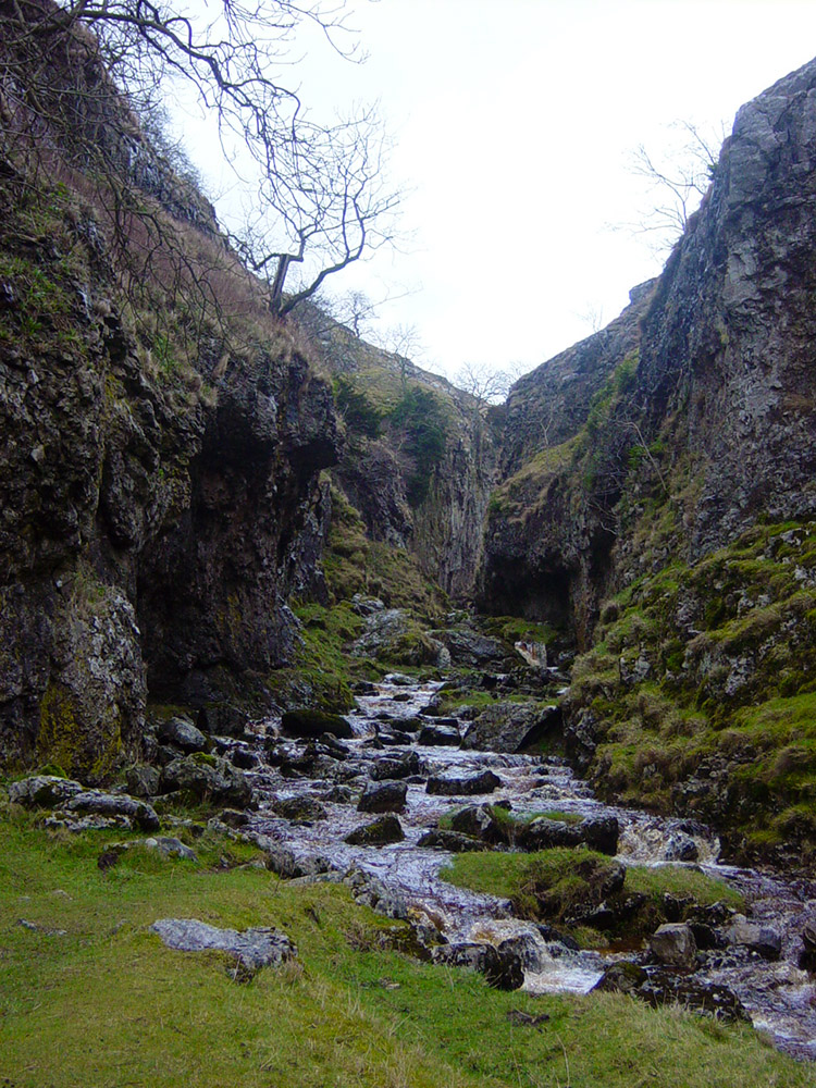 Entering Trollers Gill