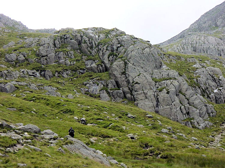 Getting closer to the final ascent of Tryfan