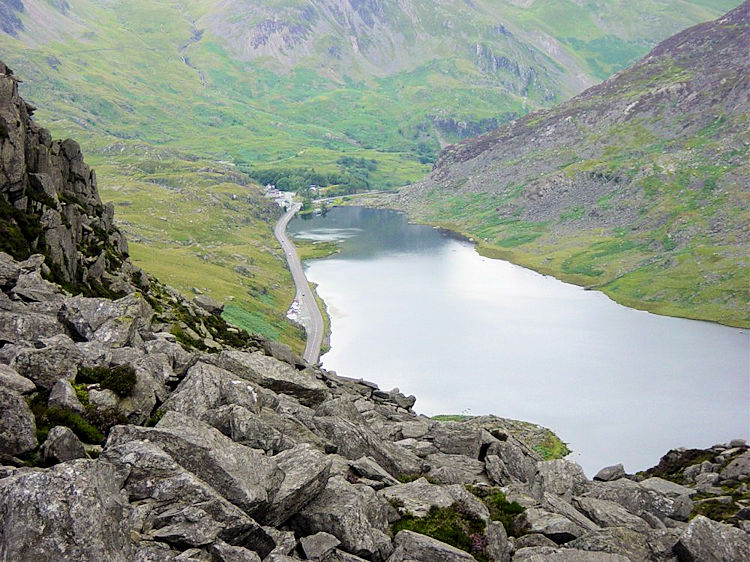 Looking at Llyn Ogwen from Creigiau Dena