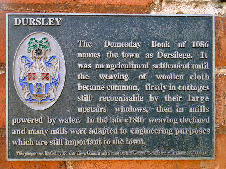 Short history of Dursley on a plaque