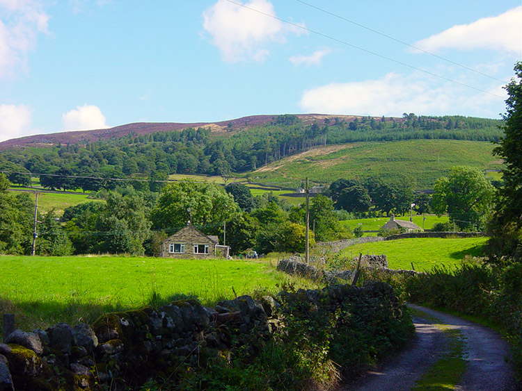 Simon's Seat comes into view at Howgill