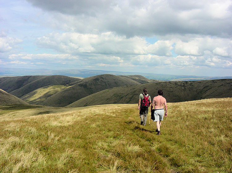 Heading north from the Calf toward Hazelgill Knott