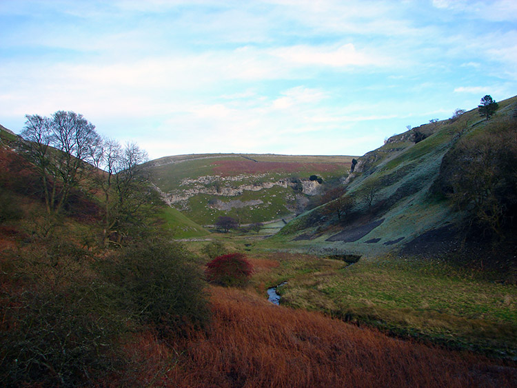 Old Man's Scar near Troller's Gill