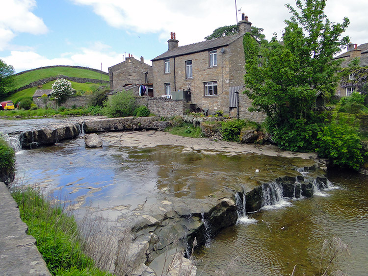 River Wharfe at KettlewellGayle Beck flows into the River Ure