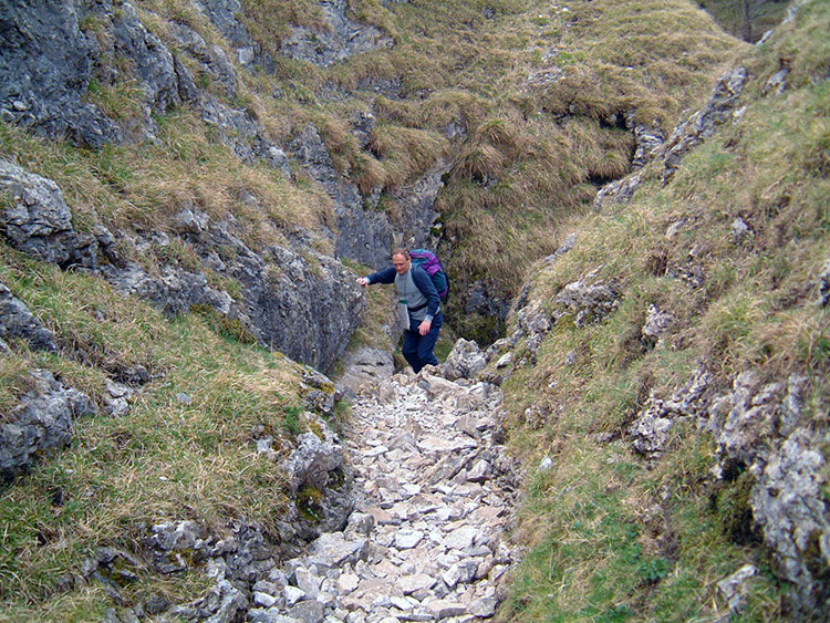 Climbing out of the gorge to Coniston Dib