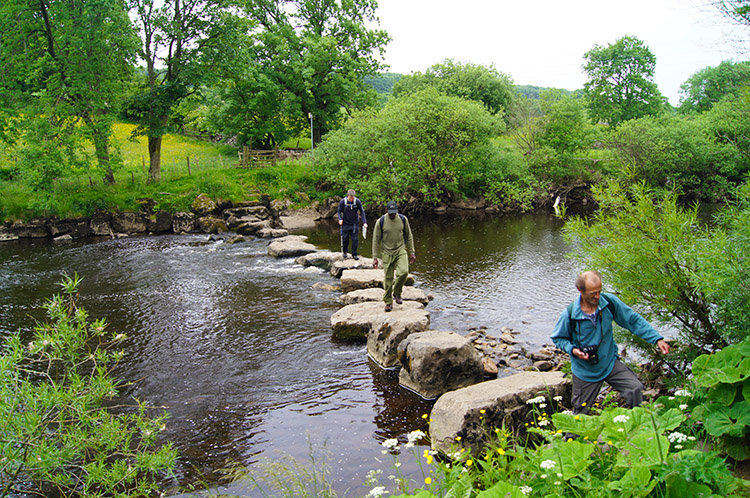 Stepping stones over the River Ure west of Worton