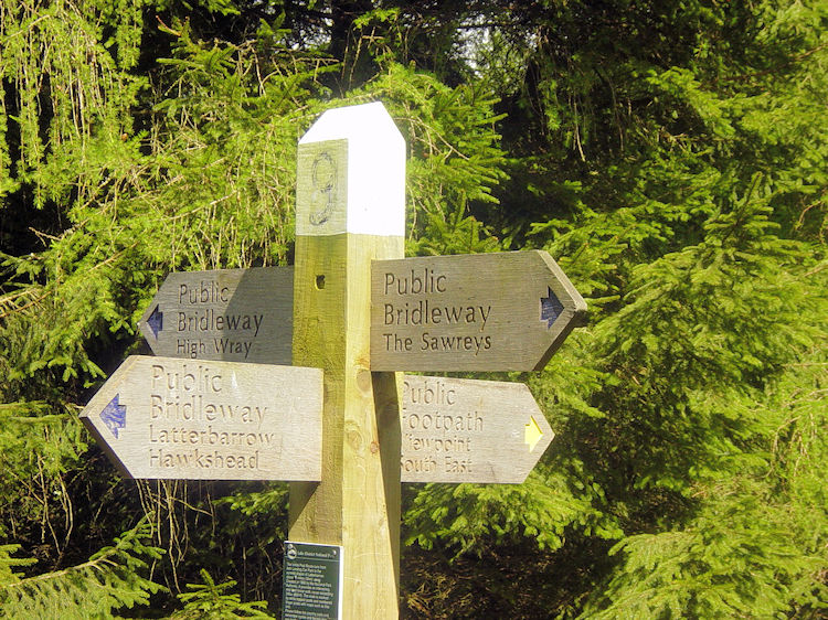 Detailed signs help walkers to follow the correct path
