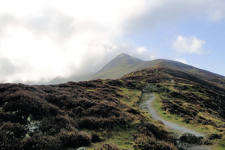 The demanding approach to Ullock Pike