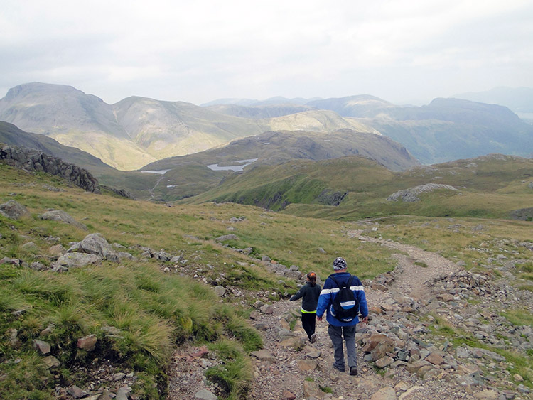 Walking from Esk Hause to Sprinkling Tarn