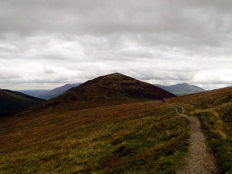 Walking to Outerside from High Moss