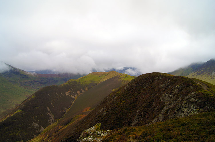 Looking back from the summit of Ard Crags