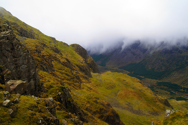 Another look into Ennerdale from above the cloud