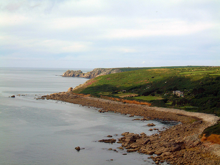 The coastline between Mousehole and Lamorna