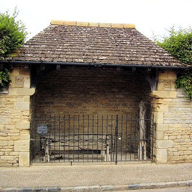 Shelter built to house Apethorpe stocks
