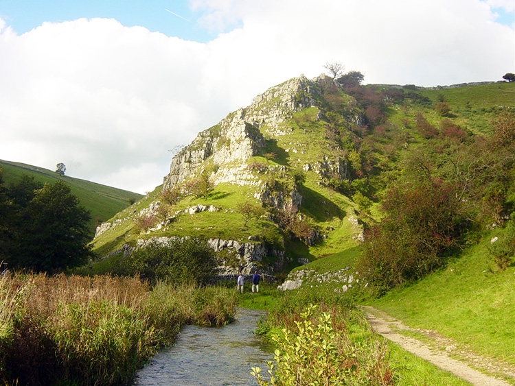 The outstanding Iron Tors in Wolfscote Dale