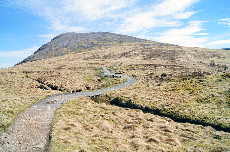 The Pony Path leads us on towards Penygadair