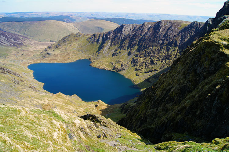 Llyn y Gadair sits in a perfect natural amphitheatre