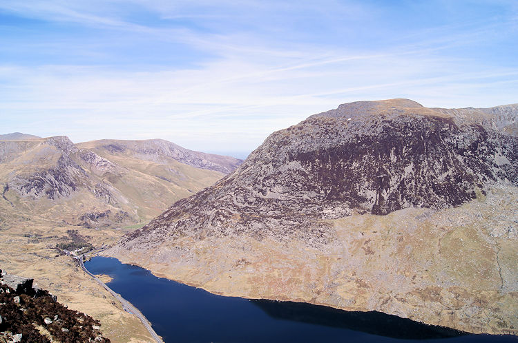Looking back down to Llyn Ogwen from Heather Terrace