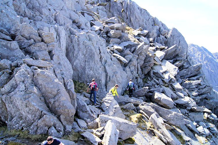 The final rock face to the summit of Tryfan