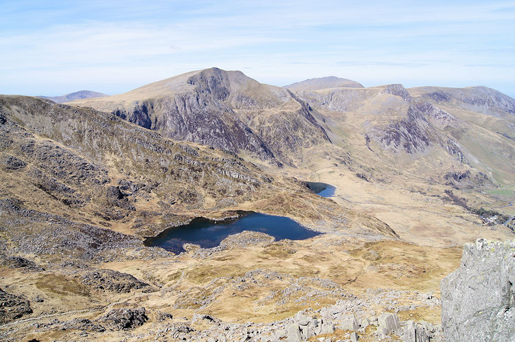 Llyn Bochlwyd,the north edge of Llyn Idwal and Y Garn